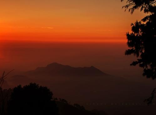 dawn@hills